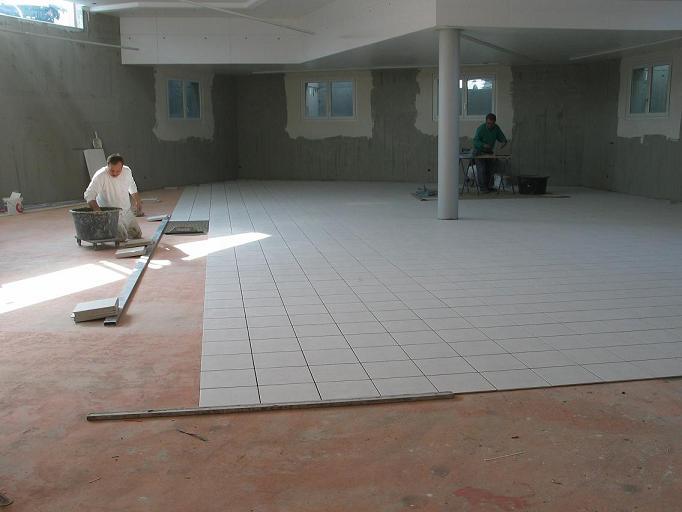 Bauphase Ausstellung beim Kreisel 2004