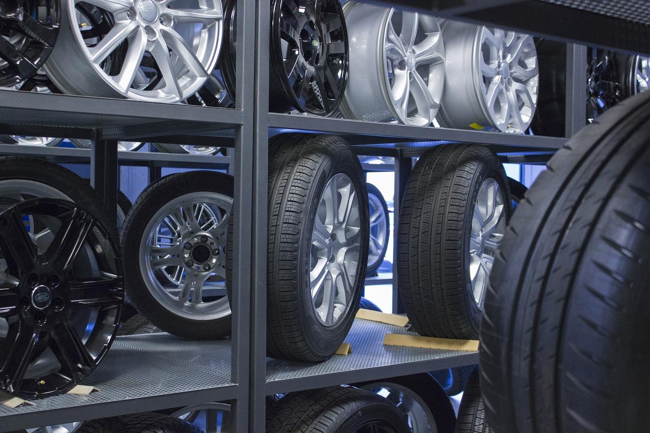 Reifen, Räder, Reifenhotel