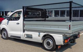 Toyota Proace Umbauten: Brückenaufbau Gitteraufsatz