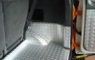 Toyota RAV4 Alu Auskleidungen